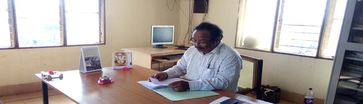 Dr. L.Chandrashekar, Associate Professor in Library Science